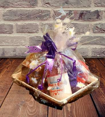 Customised Personalised Gift Hampers image 1
