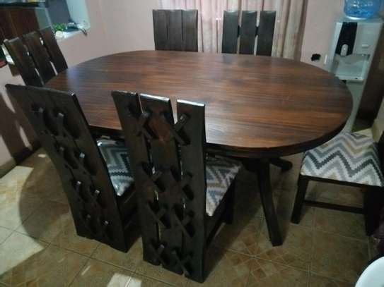 Oval mahogany dining table image 5