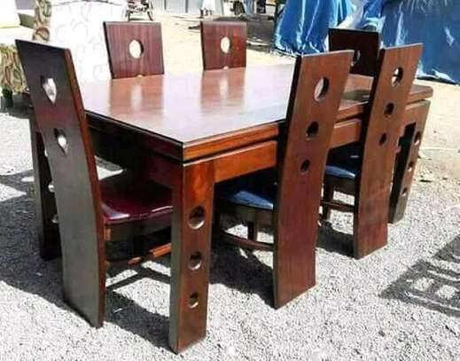 Dining table 6 seats