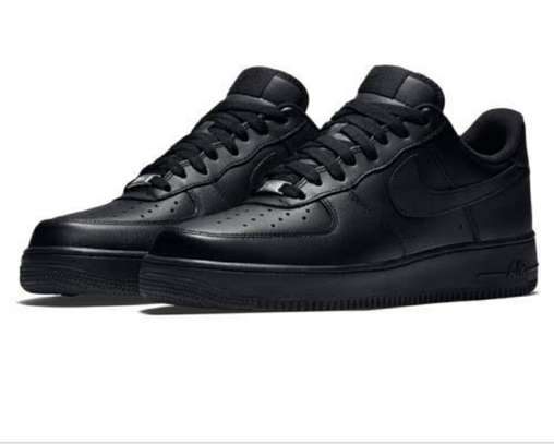Nike airforce all black