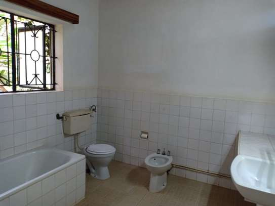 3 bedroom house for rent in Thigiri image 7
