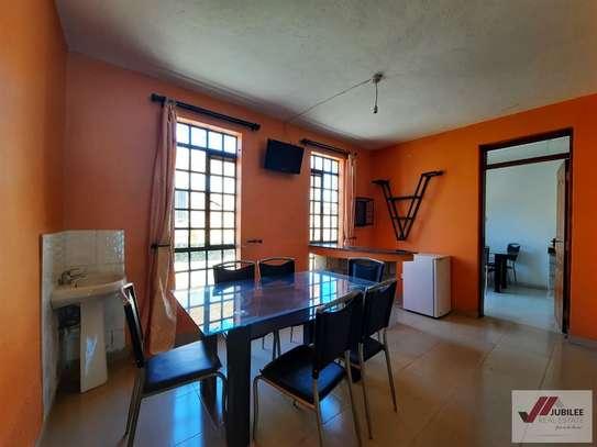 Runda - Flat & Apartment, House image 7