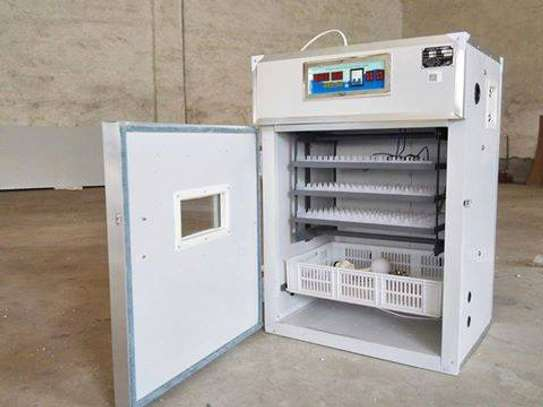 Poultry Chicken Incubators Hatchery 264 Eggs Capacity Full Automatic image 2