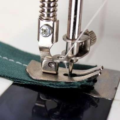 Multifunction Electric Mini Sewing Machine image 3