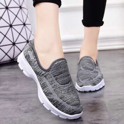 Womens Lovely Sneaker Shoes image 3