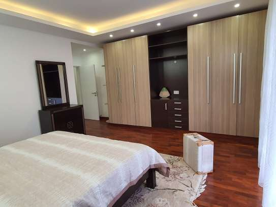 4 bedroom apartment for sale in Lavington image 4