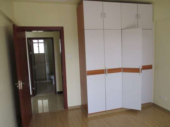 2 bedroom apartment for rent in Kilimani image 2