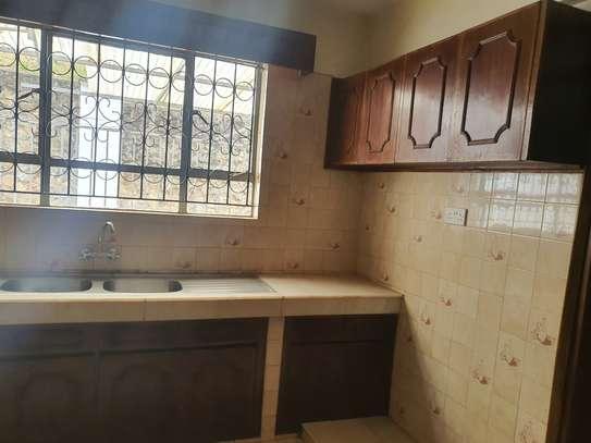 5 bedroom townhouse for rent in Westlands Area image 3