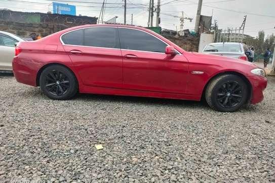 BMW 520i image 9