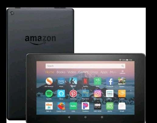 Amazon Kindle fire tablet HD8 with Alexa