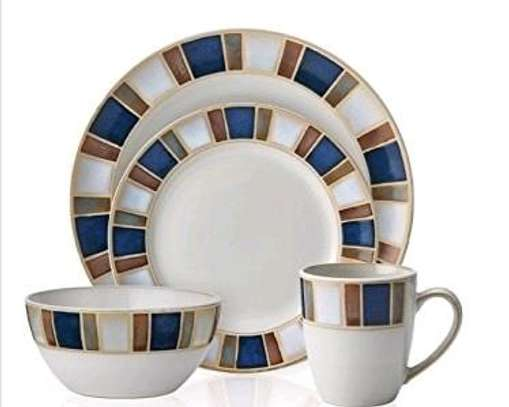 24 Piece Ceramic dinner set image 2