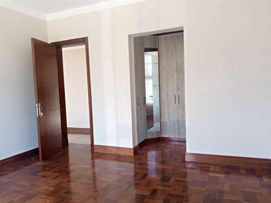 Karen - House image 15