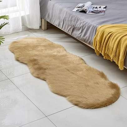 Bedside fur mat image 2
