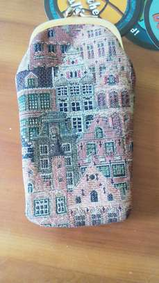 Vintage Tapestry Houses Kiss-Lock Coin Purse image 7