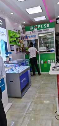 QUEENS MOBILE STORE image 5
