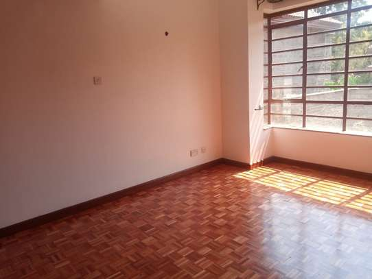 6 bedroom townhouse for rent in Lavington image 20