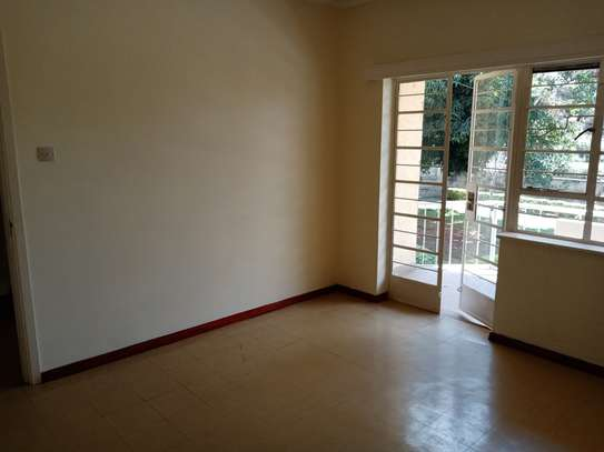 3 bedroom townhouse for rent in Kilimani image 8