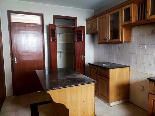 5 bedroom townhouse for rent in Kileleshwa image 18