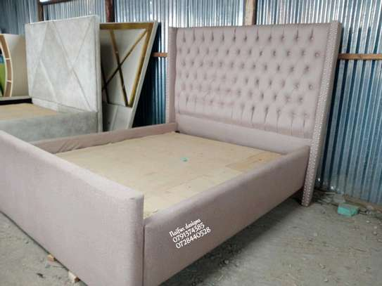 Modern beds/beds for sale/queen beds image 1