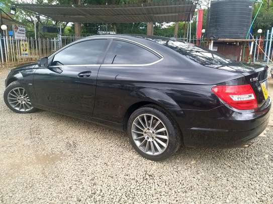 Mercedes Benz Coupe image 3