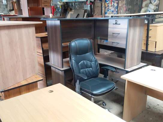 L shape office desk and chair. image 1