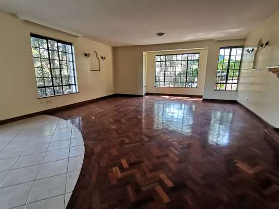 Contemporary 5bedroom townhouse with dsq image 6