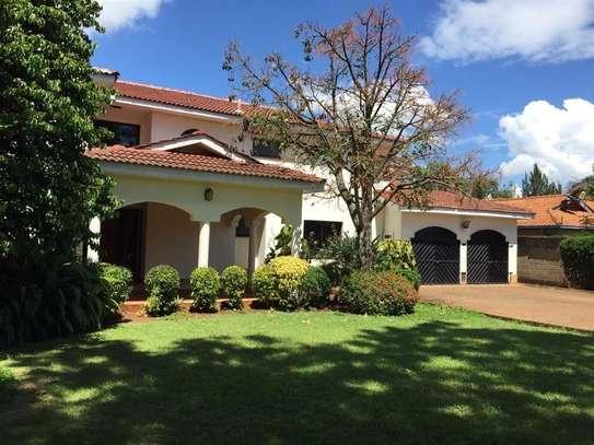 5 bedroom house for rent in Runda image 2