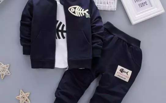 Baby boys outfits image 3