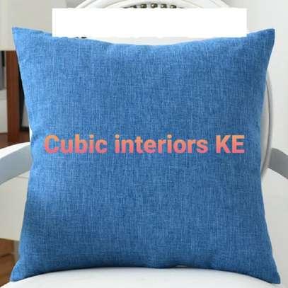 Home decor throw pillows image 2