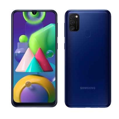 Samsung Galaxy M21 image 2