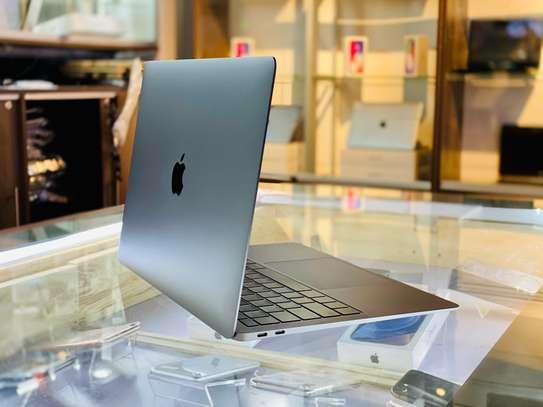 Macbook Air 2019 i5/8gb/256gb image 2