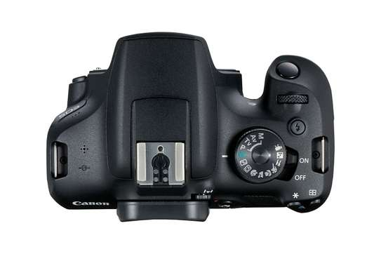 Canon EOS 2000D 24.1MP Wi-Fi With 18-55 Lens IS II image 3