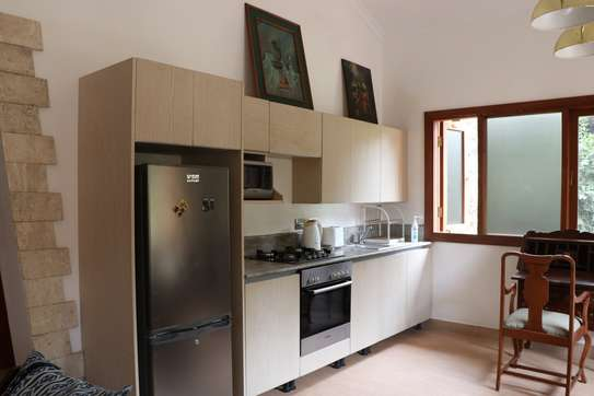 Furnished 1 bedroom house for rent in Runda image 5