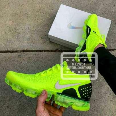 Nike Vapour Max image 7