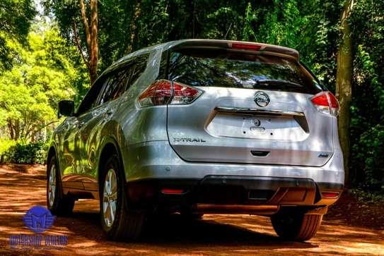 Nissan X-Trail image 3