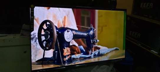 Eefa 32 inches smart Android frameless tv