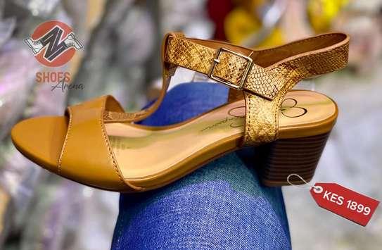 Comfy heels image 8