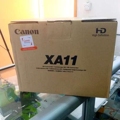 Canon XA11 compact full HD Camcorder image 1