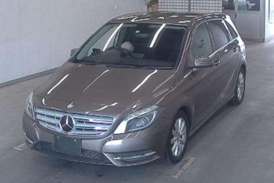 Mercedes-Benz B180 image 7