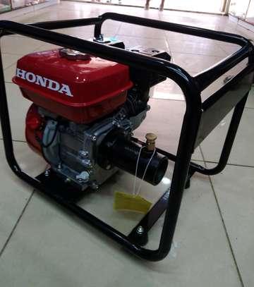 Honda Vibrator With Poker image 1