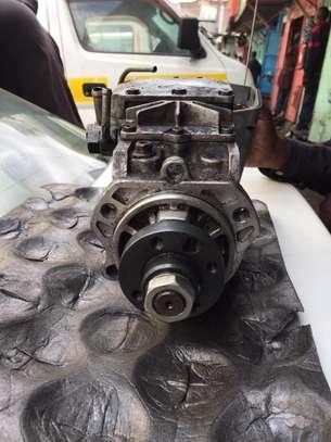 ZD30 Injector pump for Nissan Caravan E25 image 3