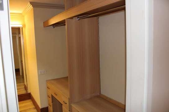 4 bedroom villa for rent in Kitisuru image 6