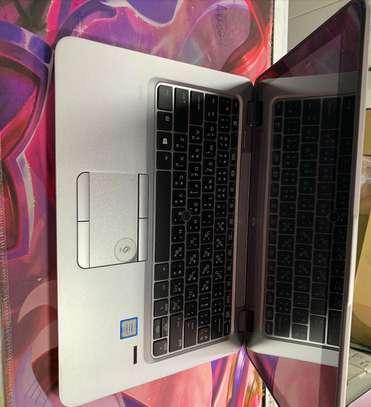 HP 820 C3 CI5 image 3