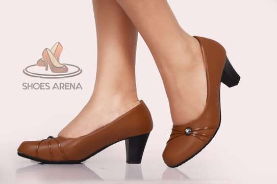 Officia Closed heels image 2