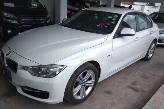 BMW 320i Automatic image 2