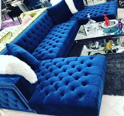 L-shaped Chesterfield Sofa image 1