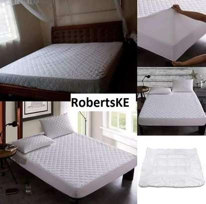 waterproof bedspread mattress protector 5by6 image 2