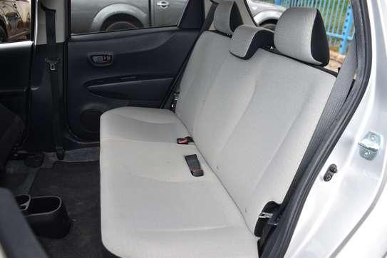 Toyota Vitz image 16
