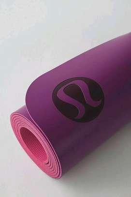Pleasing Yoga mats image 3