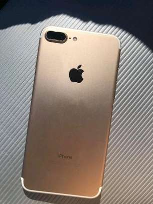 Apple Iphone 7 Plus .. 256 Gigabytes image 3